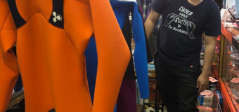 RLMrubberウエットスーツ2021Spring & Summer説明に松野くん来店!まだゴールデンウイーク前納品、間に合います。