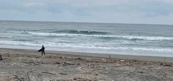 休日サーフィン!